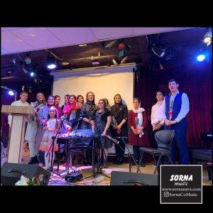 کنسرت هنرجویان آموزشگاه ملودی در سالن سرنا